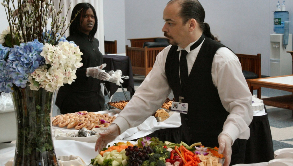 caterers-at-work-2-1575322-1599x1066